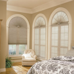"BlindSaver Advantage 1/2"" Single Cell Light Filtering Shades Room Setting"