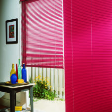 "Bali Customiser 1"" Mini Blinds room scene"